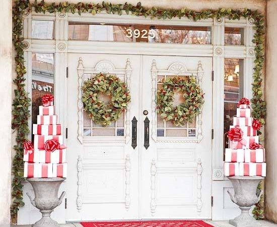 Amazing Front Porch Christmas Decoration Ideas
