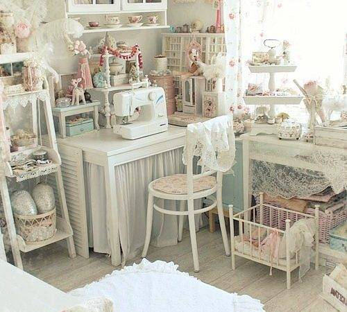 Angie Home Dreaming Shabby Chic Studio Apartment