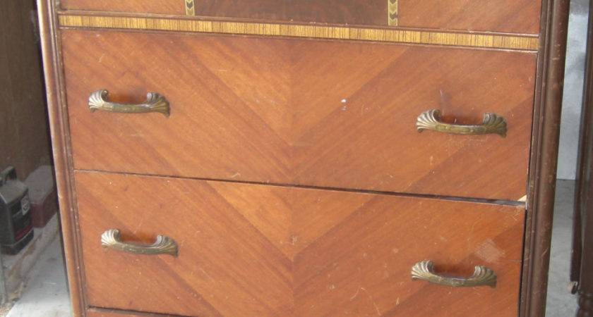 Antique Furniture Dressers