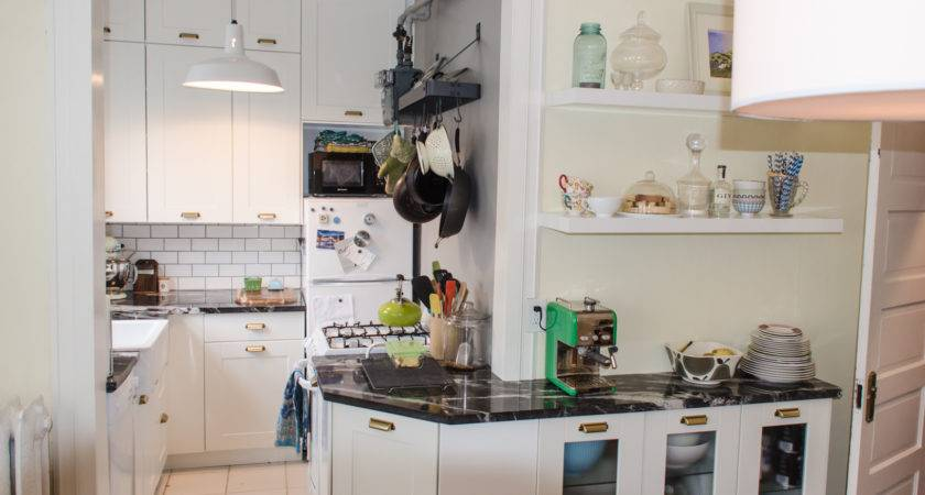 Attractive Ideas Small Apartment Kitchens Decoration