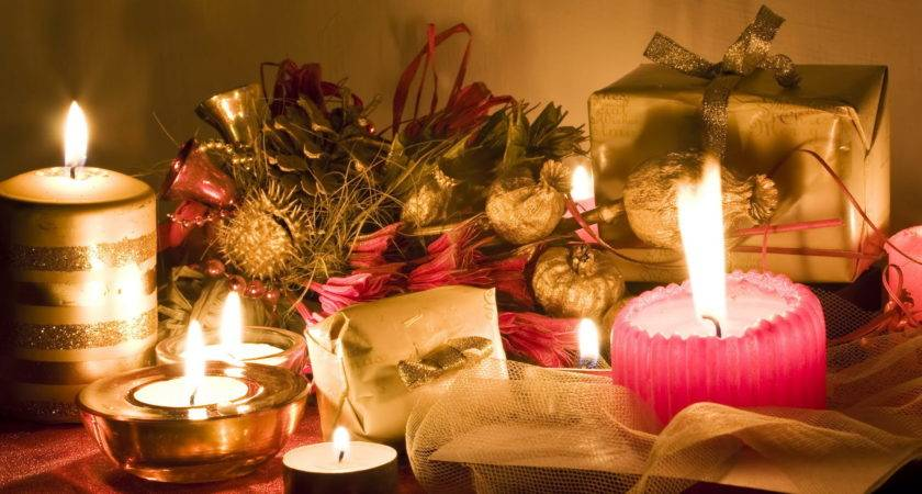 Beautiful Christmas Candles Decorating Your Home