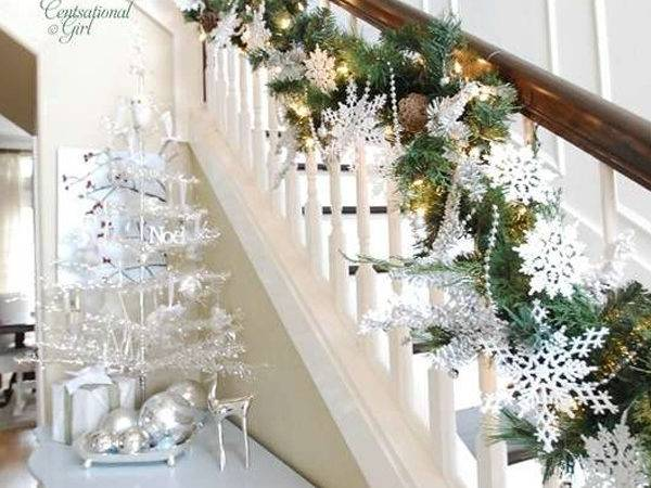 Beautiful Christmas Decorations Stair Ideas Home