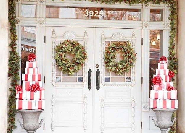 Beautiful Christmas Wreaths Garlands Winter Door