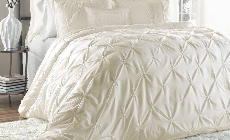 Beautiful Luxury Ruffle Textured Ruch Pinched Ivory