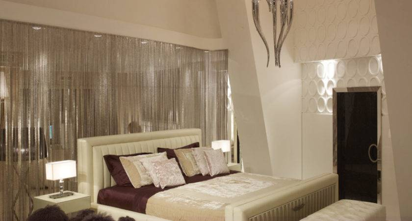 Bedroom Artistic White Cream Decoration
