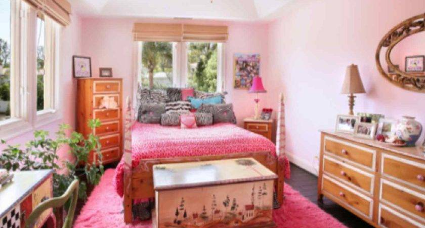 Bedroom Pink Color Looks Beautiful Gorgeous