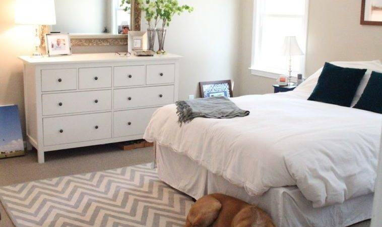 Bedroom Rectangle White Grey Rugs Zig Zag Pattern