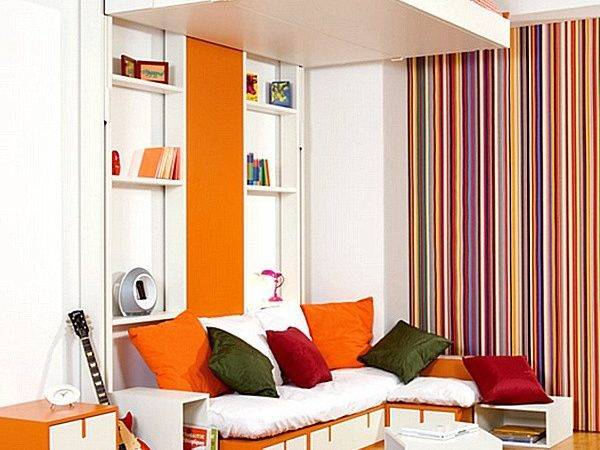 Bedroom Storage Ideas Small Spaces Decorate House