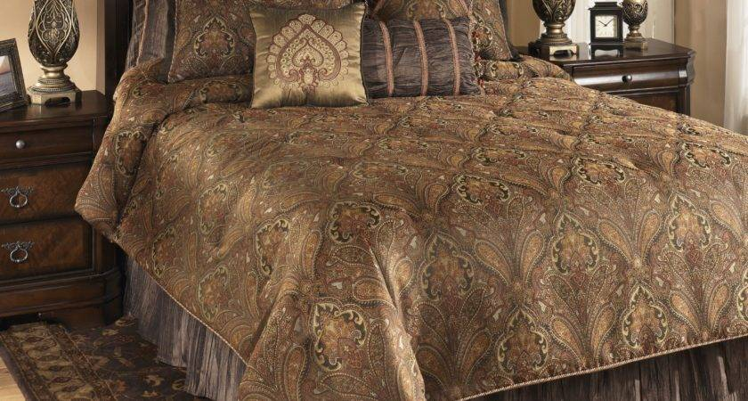 Bellingham Moroccan Queen Bedding Set Ashley