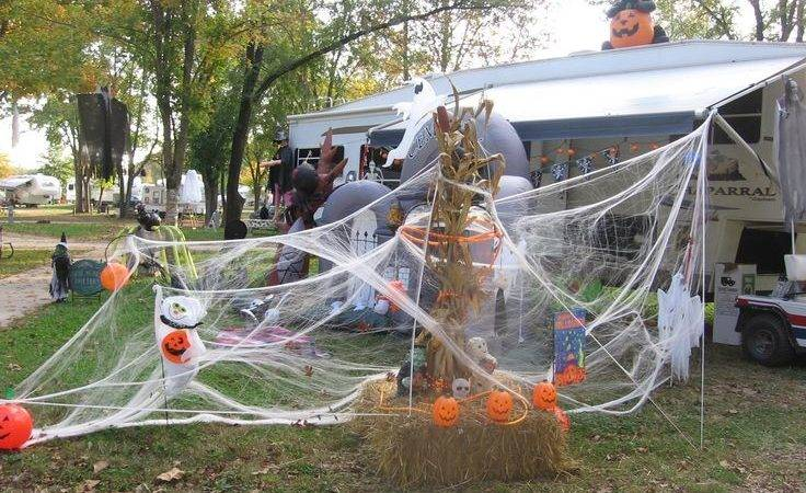 Best Campsite Halloween Decorations Pinterest