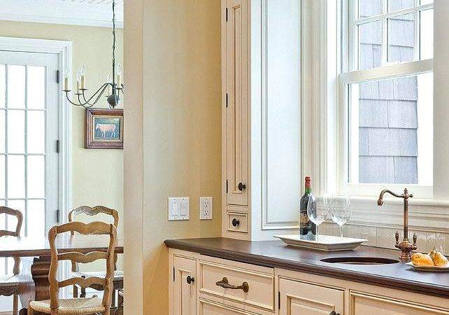 Best Wall Paint Color Cream Kitchen Cabinets