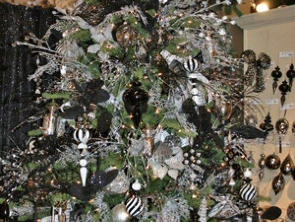 Black White Christmas Tree Decorating Ideas Designcorner