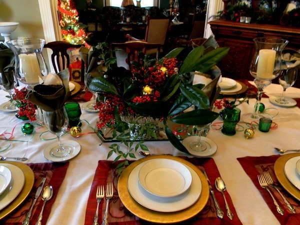 Bloombety Christmas Place Setting Ideas Green Ball