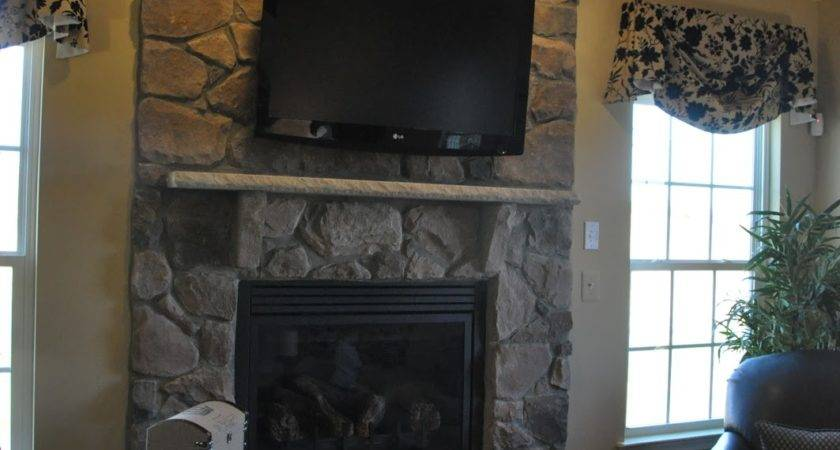 Building Ryan Homes Ravenna Over Fireplace Not
