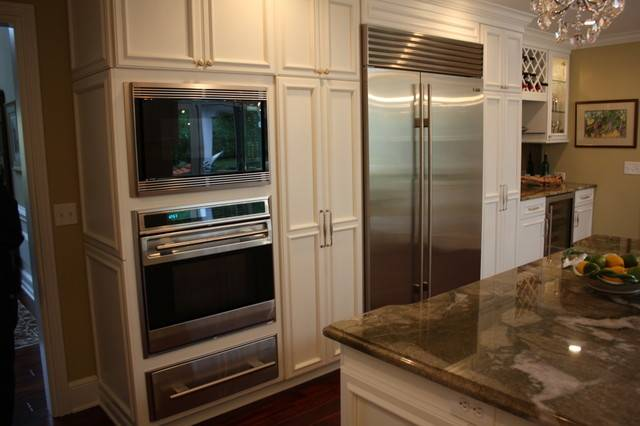 Built Appliances Traditional Kitchen Cleveland