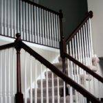 Chic Shoestring Decorating Stain Stair