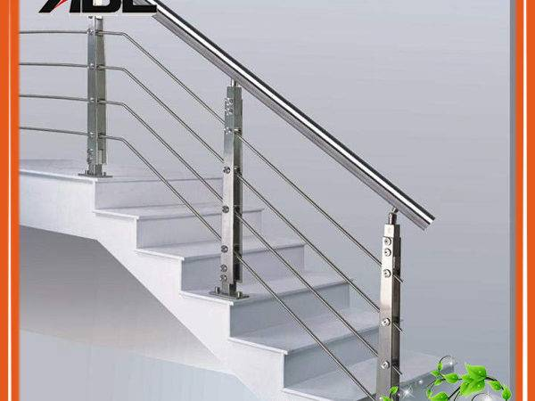 China Stainless Steel Indoor Staircase Handrail Design