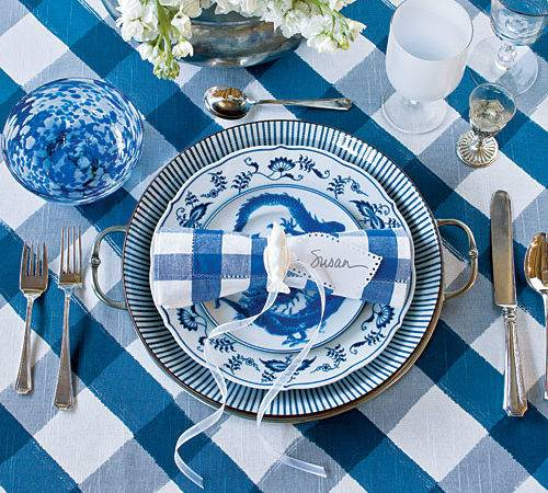 Chinoiserie Chic Setting Blue White Table