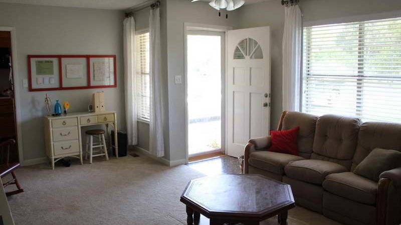 Choosing Right Paint Color Living Room Modern House