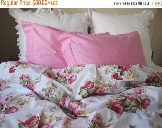 Clearance Sale Shabby Chic Bedding Red Green Pink