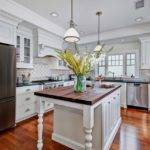 Colonial Coastal Kitchen Beach Style San