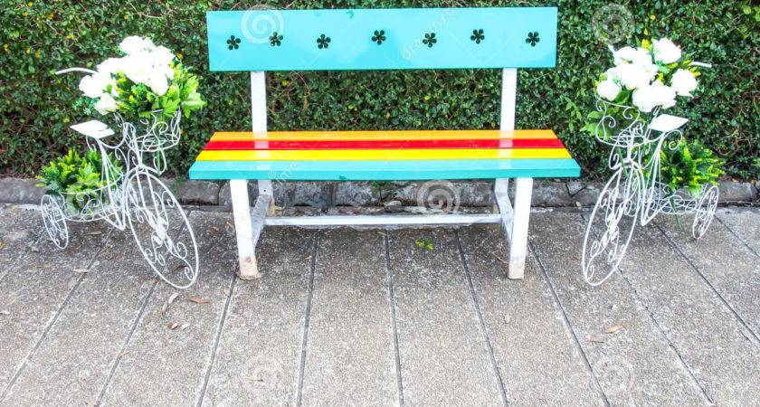 Colorful Bench Pollera