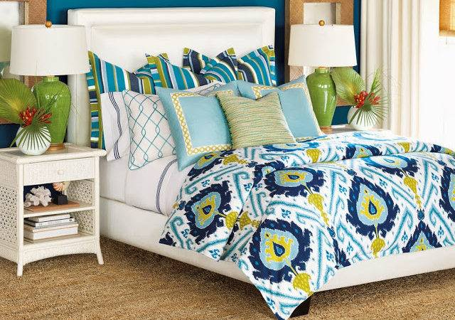 Colorful Bold Patterned Blue Green White Bed Set