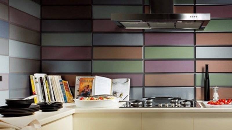 Colorful Kitchen Wall Decor Ideas