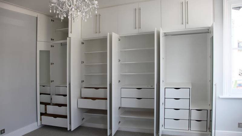 Contemporary Fitted Wardrobes