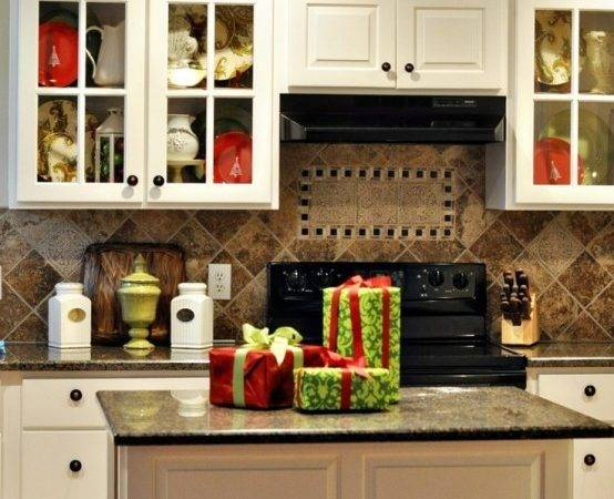 Cozy Christmas Kitchen Cor Ideas Digsdigs