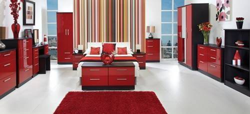 Create Romantic Tranquil Feels Red Bedroom