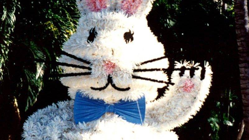 Crystal Valley Commercial Decorations Easter
