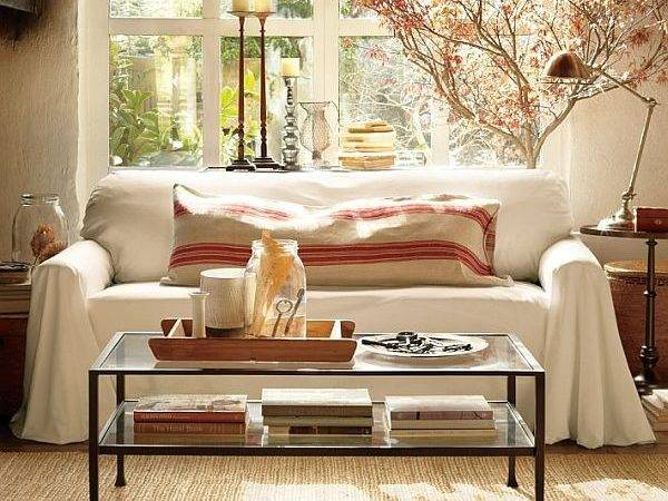 Decorate Living Room Around Coffee Table