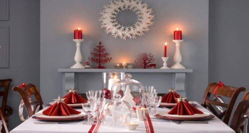 Decorating Dinner Table Red Gold Christmas