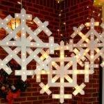 Diy Outdoor Christmas Decorations Grasscloth