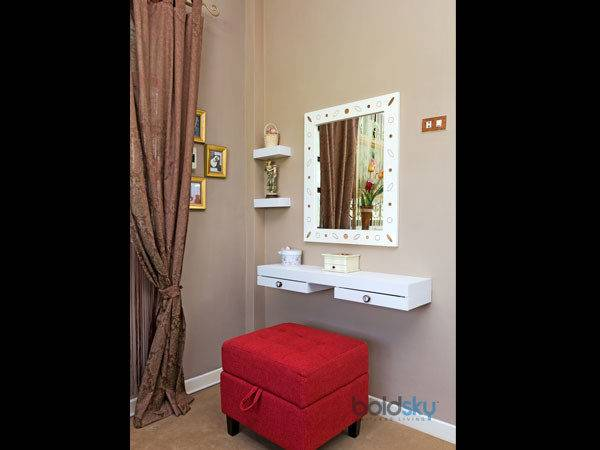 Dressing Table Ideas Small Space Boldsky