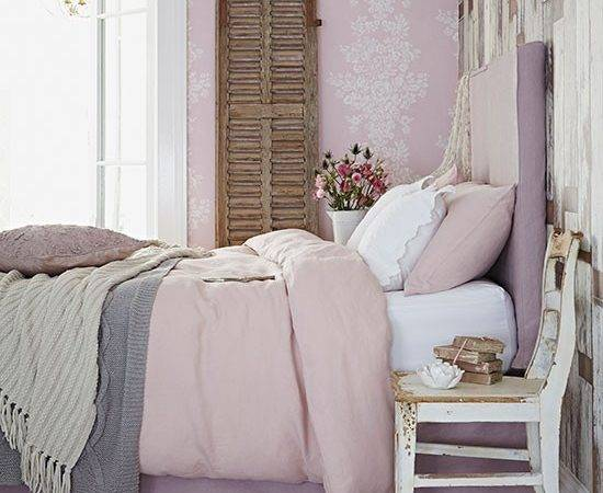 Dusky Pink Country Bedroom Decorating