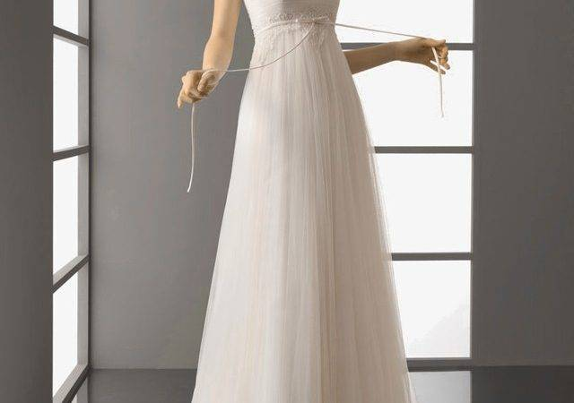 Elegant Simple Wedding Dresses Styles