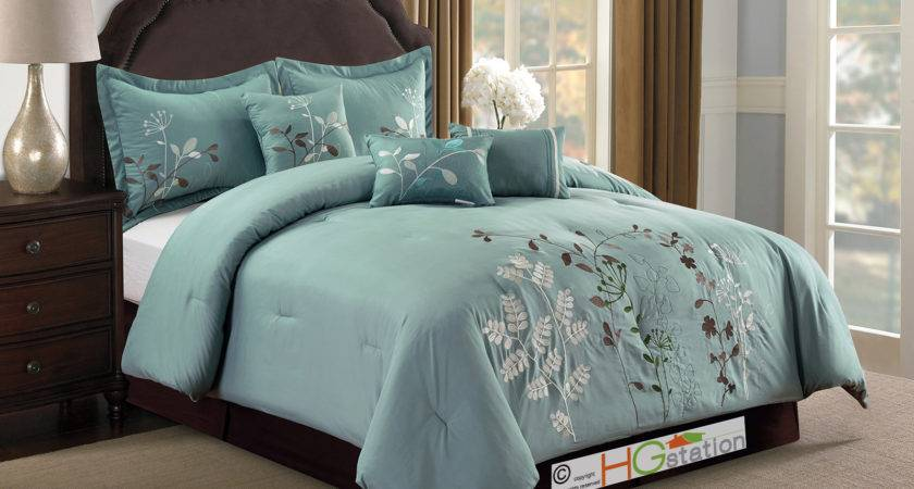 Embroidery Wild Spring Flower Pinnate Comforter Set