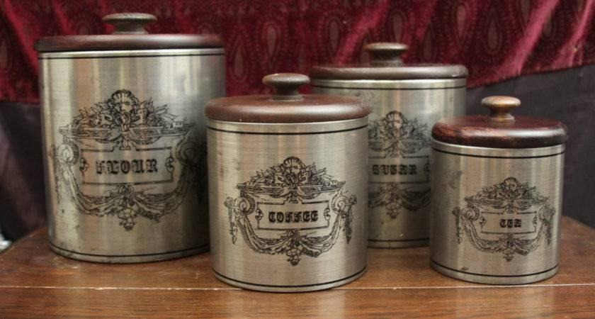 Fantastic Old Fashioned Country Kitchen Canister Set Flour