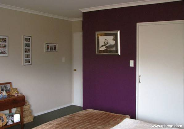 Feature Walls Against Neutral Bedrooms