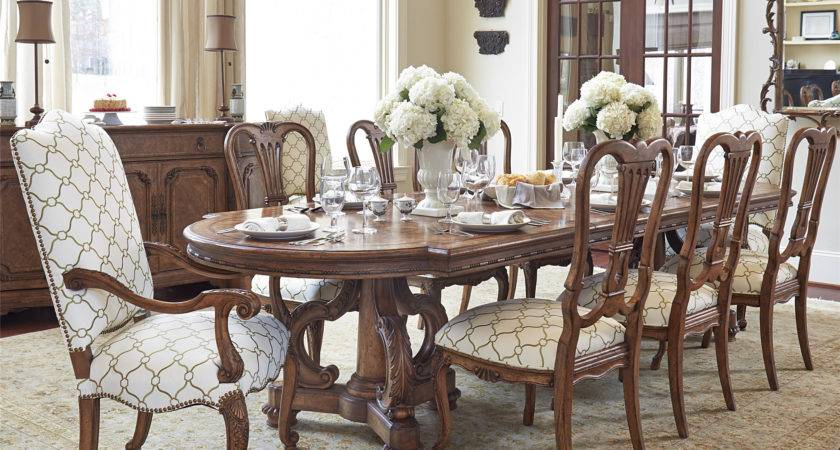 Fine Furniture Design Chateau Dining Table