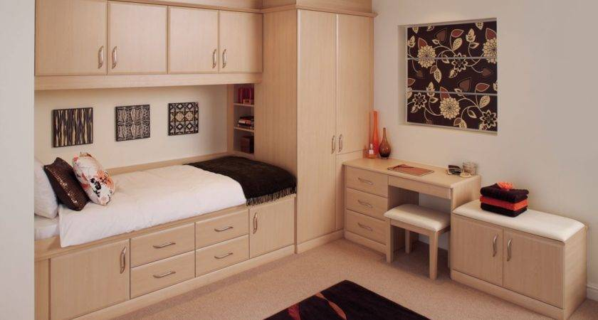 Fitted Bedroom Furniture Allows Maximize Space