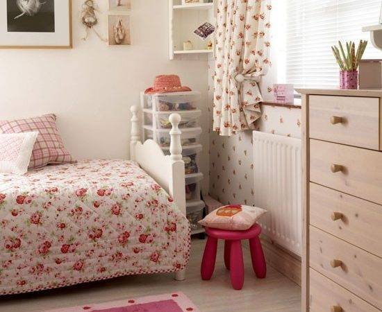Floral Pink Country Bedroom Design Decorating