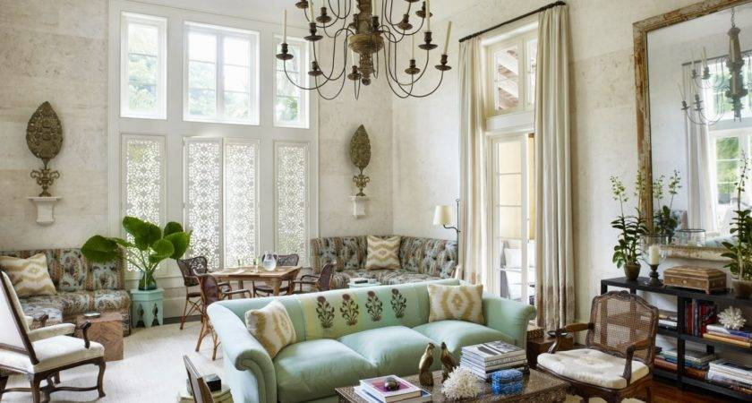 Follow Design Trends While Keeping Your Home Decor
