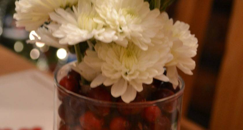 Frugal Cranberry Christmas Centerpieces