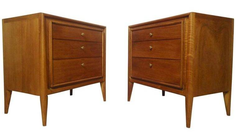 Furniture Double Brown Polished Wooden Small Night Stands