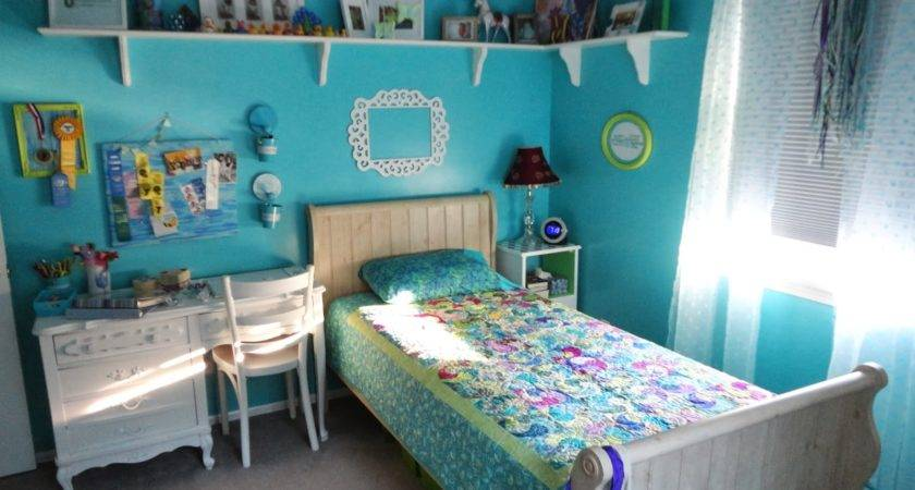 Geeky Crafty Tween Teal Room Remodel