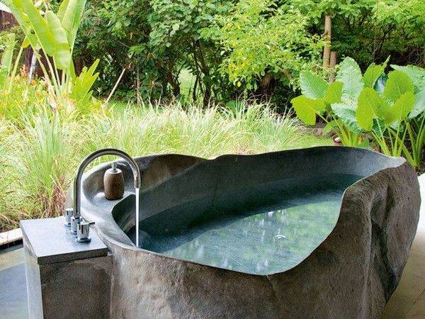 Getting Touch Nature Soothing Outdoor Bathroom