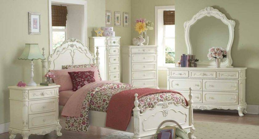 Girls White Victorian Bedroom Set
